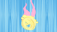 Fluttershy trying to fly S1E23