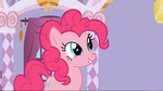 Pinkie Pie in Carousel Boutique S1E14