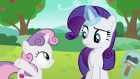 Sweetie Belle presenting improved cart to Rarity S6E14