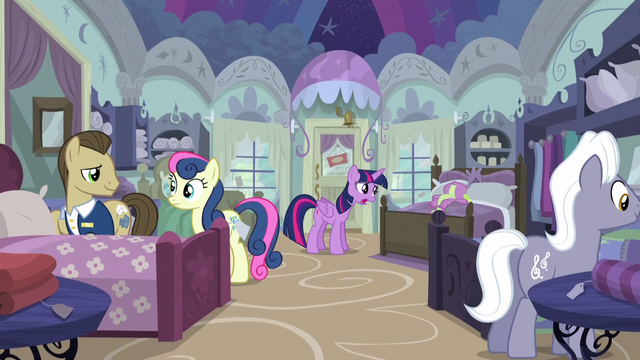 File:Twilight and Spike in Quills and Sofas store S5E3.png