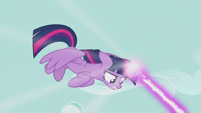 File:Twilight attacking with magic S5E9.png