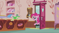 "Pinkie at the door ""Could you take over for a bit?"" S5E8"