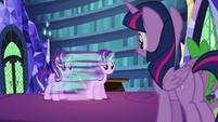 Starlight Glimmer duplicates herself S6E21