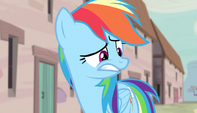 Rainbow Dash thoroughly weirded out S5E1