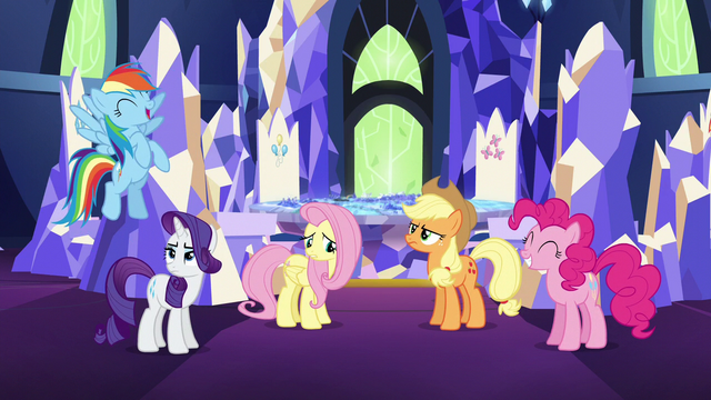 File:Rainbow laughing and friends unamused S5E3.png