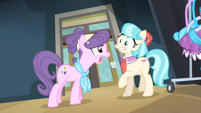 File:Suri 'Now get me some coffee!' S4E08.png