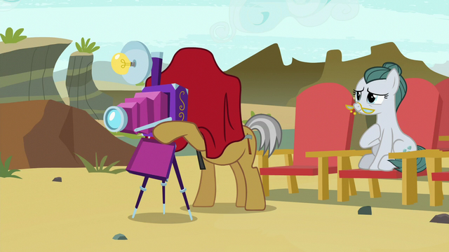File:Igneous Rock taking pictures of Maud S7E4.png