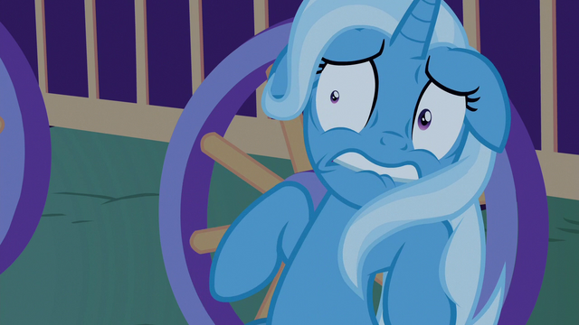 File:Trixie still scared of Thorax S6E25.png