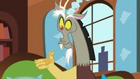 Discord with a messy paw S7E12