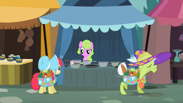 File:Granny Smith walks off without her dentures S2E12.png