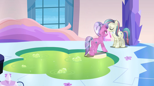 File:Crystal Mud Bath S3E12.png