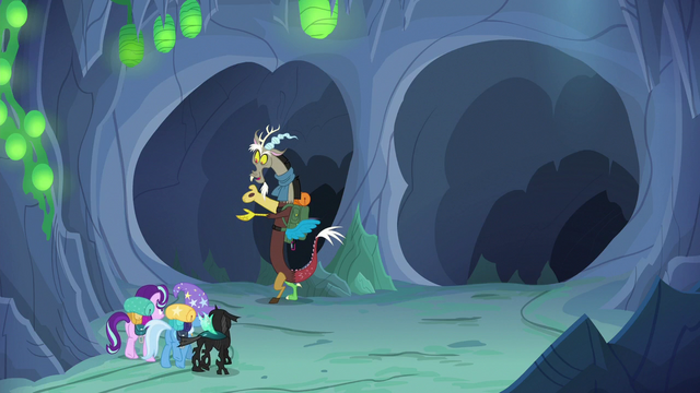 File:Discord Changeling guides the party down left tunnel S6E26.png