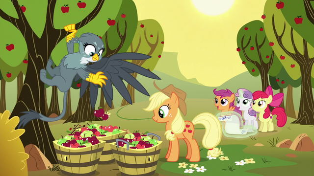 File:Gabby helping Applejack pick apples S6E19.png