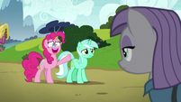 "Pinkie presenting a ""Lyra-shaped rock"" S7E4"