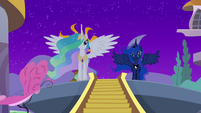 Princess Celestia addresses the crowd S4E02