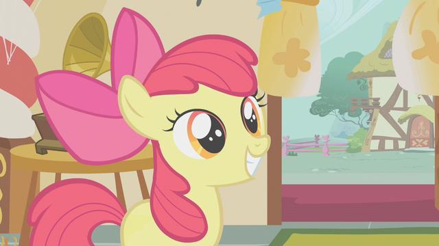 File:Apple Bloom having a big smile S1E12.png