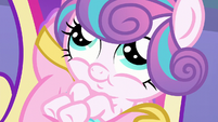 Flurry Heart smiling innocently S6E1