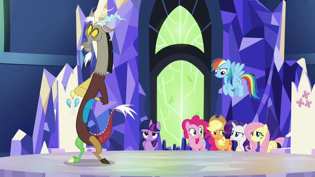 File:Main ponies unsure; Discord scrunchy face S5E22.png