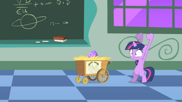 File:Twilight trying to hatch the egg S1E23.png