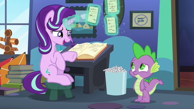 """File:Starlight Glimmer """"just trying to decide"""" S6E21.png"""