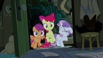 CMC scared by lightning again S5E6
