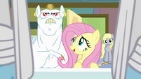 Fluttershy speaks to Bulk Biceps S04E10