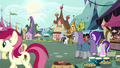 Starlight and Maud enter the marketplace S7E4.png