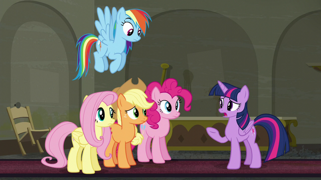 """File:Twilight Sparkle """"Rarity asked us to help her"""" S6E9.png"""