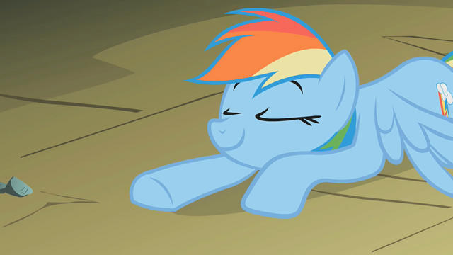 File:Rainbow Dash is proud S1E07.png