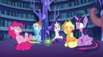 Mane 5 startled by Fluttershy's presence S5E21