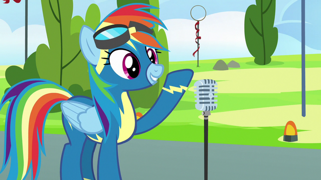 File:Rainbow Dash finishes her speech S7E7.png