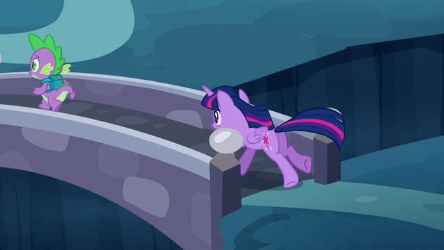 File:Twilight following Spike S5E26.png