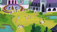 Ponies playing a polo game S5E10