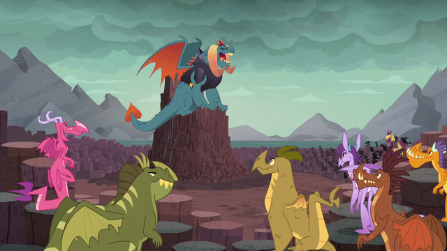 File:Torch laughing heartily S6E5.png