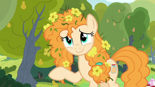 File:Pear Butter waving goodbye to Bright Mac S7E13.png