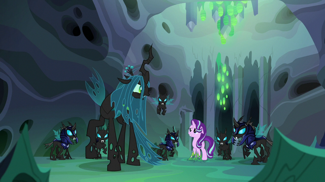 """File:Queen Chrysalis """"those who betray the hive!"""" S6E26.png"""