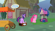 Ponyville Soap Store S01E15.png