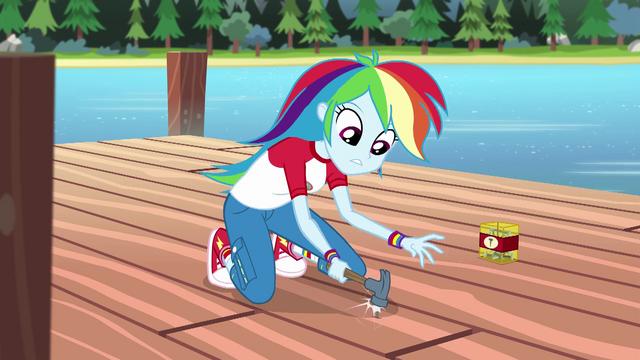 File:Rainbow Dash hammering a nail EG4.png