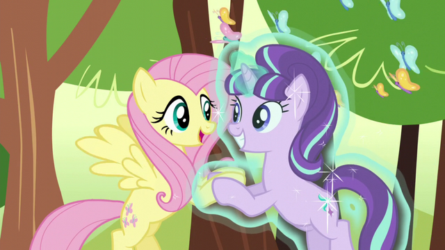File:Fluttershy and Starlight happy S5E26.png