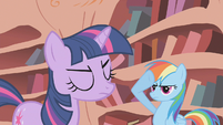 Rainbow Dash salutes S01E07