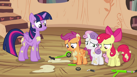 CMC apologizing to Twilight S4E15.png