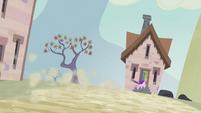 Starlight retreats into her house S5E2
