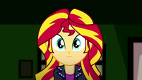 Sunset Shimmer looking at Ray SS7