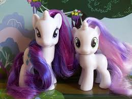 File:Sweetie Belle and Rarity Toys 2.jpg