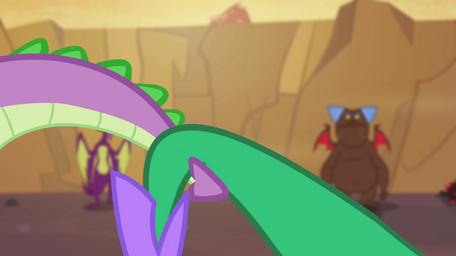 File:Tail wrestle S2E21.png