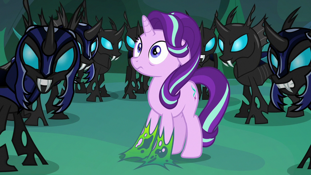 File:Thorax hearing Queen Chrysalis S6E26.png