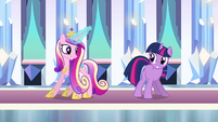 Twilight and Cadance 'do a little shake' S3E01