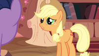 Applejack dilated pupils S3E9