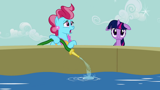 File:Ms. Cake filling the water tower S2E20.png