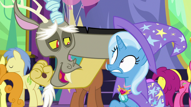 File:Discord pops out of Trixie's hat S7E1.png